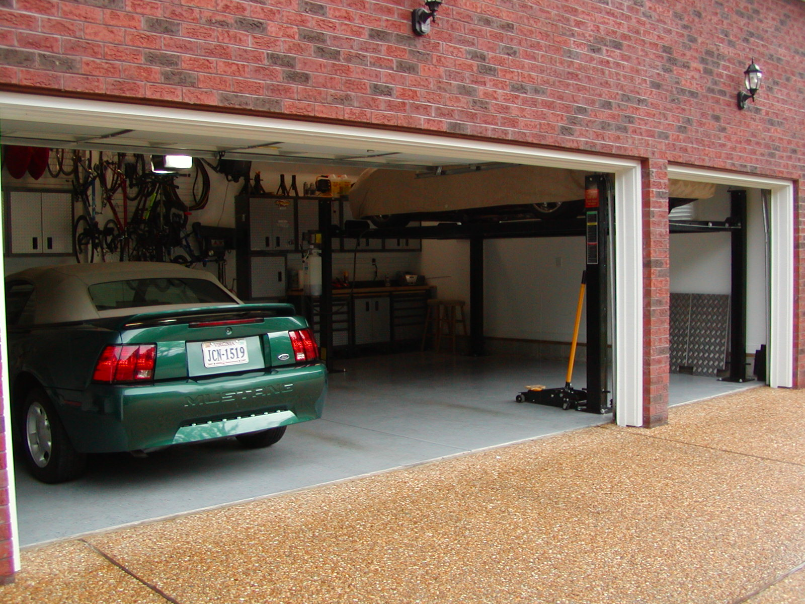 7 outstanding ways to keep the home garage cool in summer for Garage suquet auto
