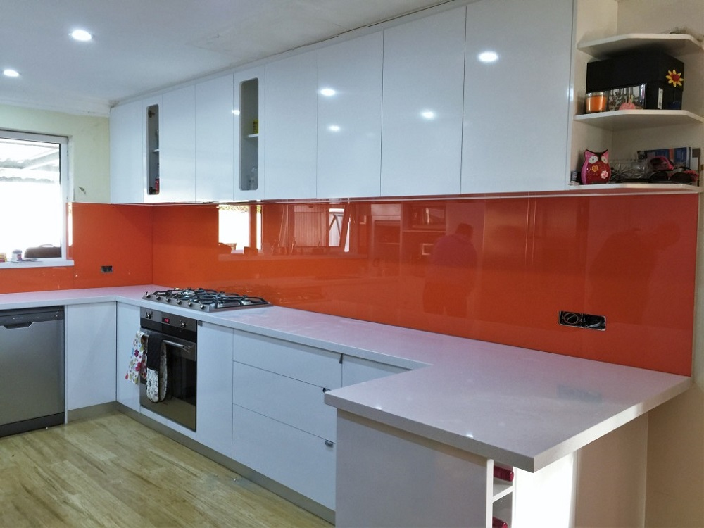 Tips for Choosing the Right Kitchen Splashback